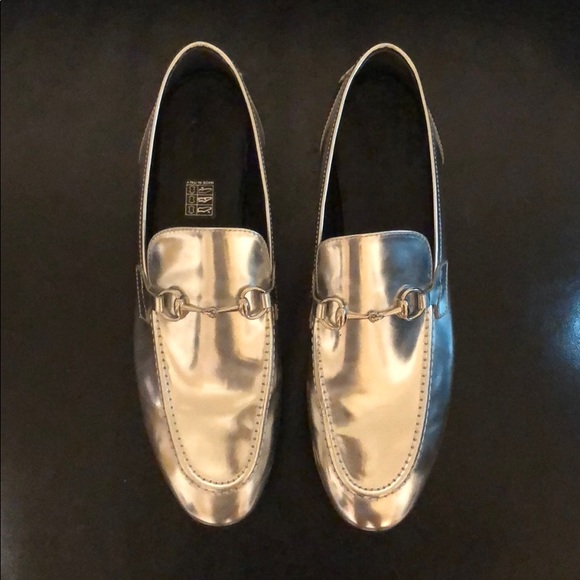 7a48afd9138 Gucci Shoes - Ladies Gucci Jordaan Horsebit loafer